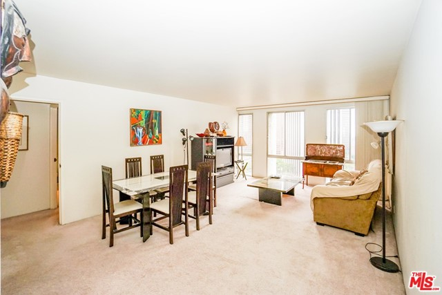 A WONDERFUL 1 BED/1 BATH UNIT FOR LEASE IN THE MOST PRESTIGIOUS BUNKER HILL TOWER CONDOMINIUMS. BEAUTIFUL VIEWS OF CITY LIGHTS. EXTRA $100 A MONTH FOR GAS, WATER, ELECTRICITY, INTERNET, AND BASIC CABLE TV. WALKING DISTANCE TO SHOPS, RESTAURANTS, CONCERT HALL, COURTS, ENTERTAIN CENTERS! AMENITIES INCLUDE 24HR SEC/ CONCIERGE, 1 ASSIGNED PRIVATE PARKING SPACE, TENNIS COURTS, HEATED POOL, SPA, SAUNA, PARK & 2 GYMS. DRY CLEANERS, HAIR SALON & MARKET ON SITE. Furnished only