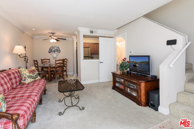 355 N Maple Street 203, Burbank, CA 91505