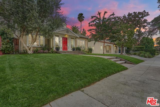 570 LILLIAN Way, Los Angeles, CA 90004