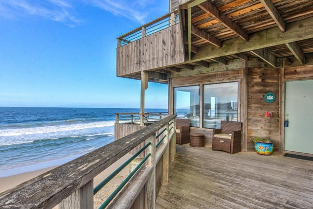 1 Surf Way 120, Monterey, CA 93940