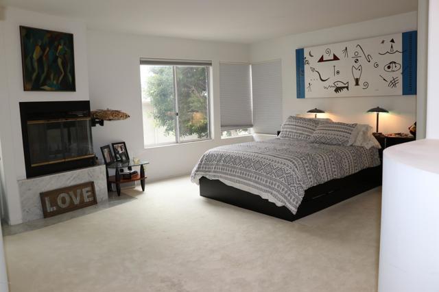 118 26th Street, Manhattan Beach, California 90266, 3 Bedrooms Bedrooms, ,3 BathroomsBathrooms,For Sale,26th,220000464