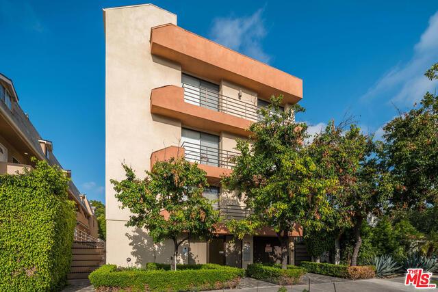 106 N CROFT Avenue 301, Los Angeles, CA 90048