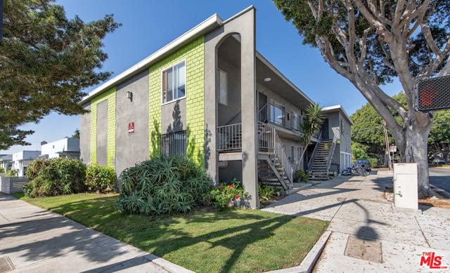 2626 Cloverfield Bl, Santa Monica, CA 90405 Photo