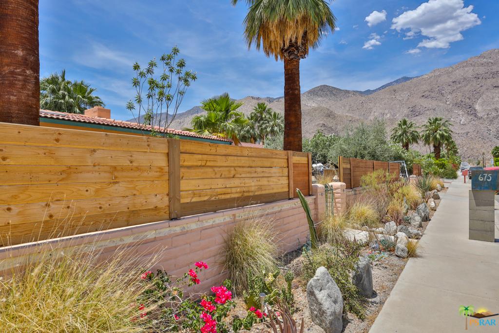 675   E Mesquite Avenue, Palm Springs CA 92264