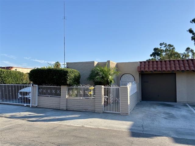 1959 Avenida de la Cruz, San Ysidro, CA 92173