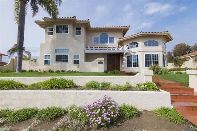 4445 Sunnyhill Dr., Carlsbad, CA 92008