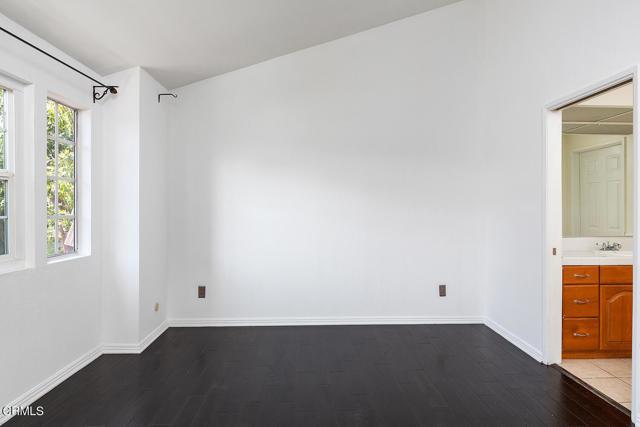 235 Holliston Avenue, Pasadena, California 91106, 2 Bedrooms Bedrooms, ,1 BathroomBathrooms,Residential,For Sale,Holliston,P1-5085