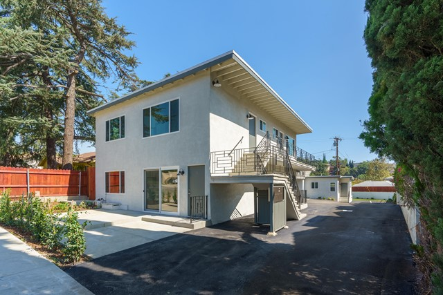 2113 Glenada Av, Montrose, CA 91020 Photo 1
