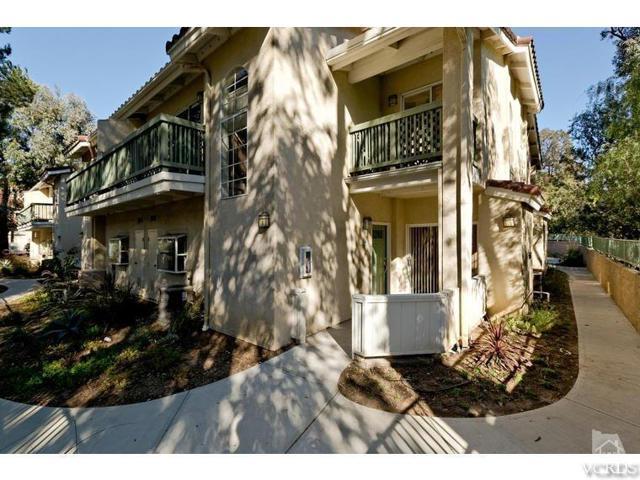 Photo of 5480 Spanish Oak Lane #H, Oak Park, CA 91377