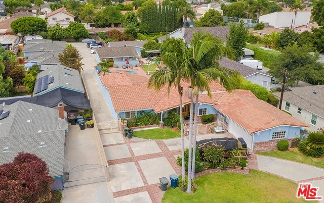 16401 GRAND Avenue, Bellflower, California 90706, ,Residential Income,For Sale,GRAND,20549332