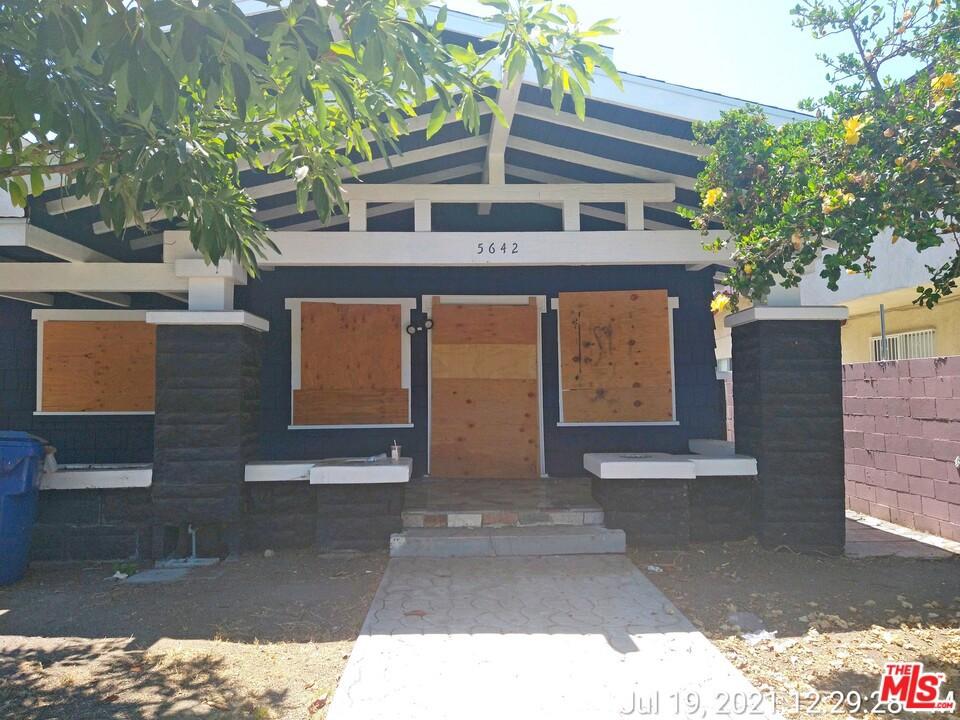 Photo of 5642 La Mirada Avenue, Los Angeles, CA 90038