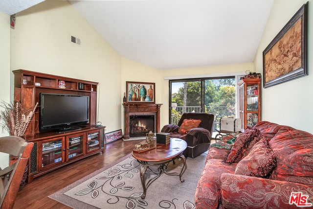 620 W HYDE PARK 312, Inglewood, CA 90302