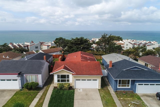 124 Paradise Drive, Pacifica, CA 94044