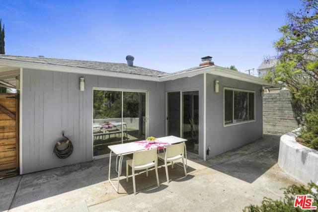 33. 4209 Clayton Avenue Los Angeles, CA 90027