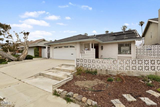1239 Seafarer Street Ventura, CA 93001