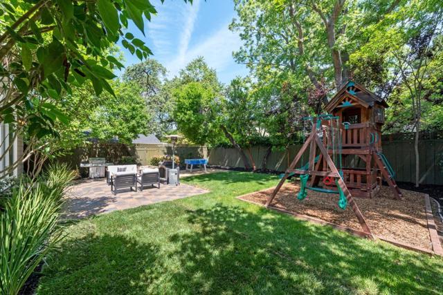900 Cloud Avenue, Menlo Park, CA 94025