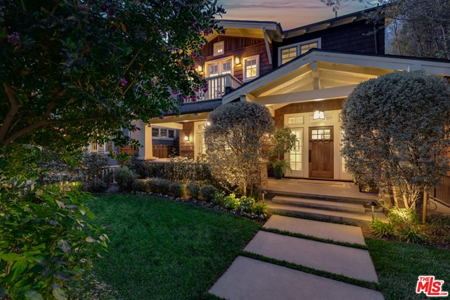 Located on one of Venice's premier walk streets, this exceptional Payson-Denney designed Craftsman blends both a versatile open floor plan with modern refined updates. // What you'll love: The craftsmanship and attention to detail throughout including beautiful quarter-sawn oak floors and front door, all kitchen and bath surfaces are Carrera marble from Walker-Zanger and Ann Sacks, stunning chandeliers, indoor and outdoor speaker system, as well as custom built in cabinetry in every room including all three bedrooms, office and library. The home creates a perfect refuge for family and friends, while an inviting open cook's kitchen makes entertaining a breeze w/ Sub-zero refrigerator, Viking stove, large kitchen island and custom mahogany wine cellar. // Your favorite spot will be: The front porch for morning coffee/tea and gatherings with friends in the evening. // Notable about the neighborhood: Walk street movie nights are so fun in the summer. They close down Oakwood and all the neighbors come out and watch a movie. Also, you're just a short stroll nearby Abbot Kinney for the best dining and shopping.