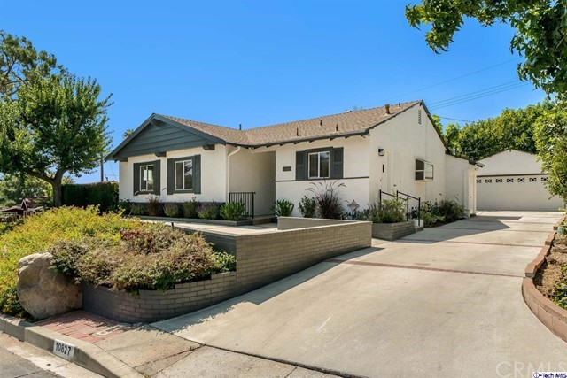 10827 Hillhaven Ave, Tujunga, CA 91042