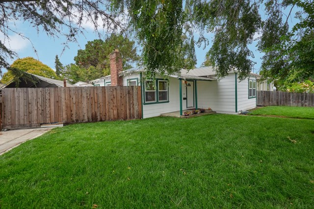 610 Bay Road, Redwood City, CA 94063