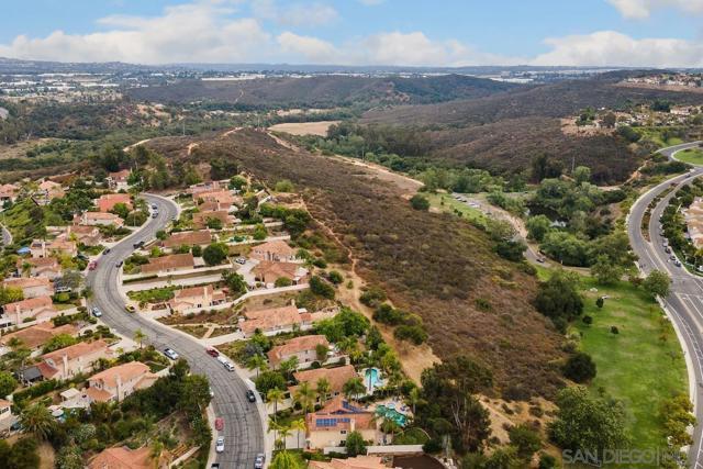 56. 1659 Countryside Dr Vista, CA 92081