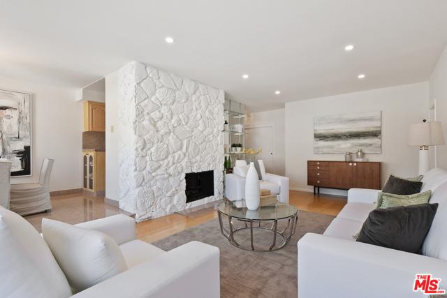 6. 1424 Amherst Avenue #306 Los Angeles, CA 90025