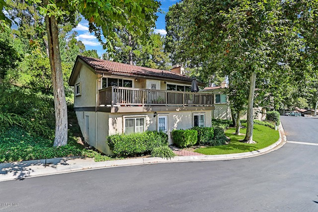 19 Meadowlark Lane, Oak Park, CA 91377