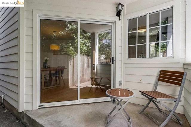 24. 1147 Hearst Ave. Berkeley, CA 94702