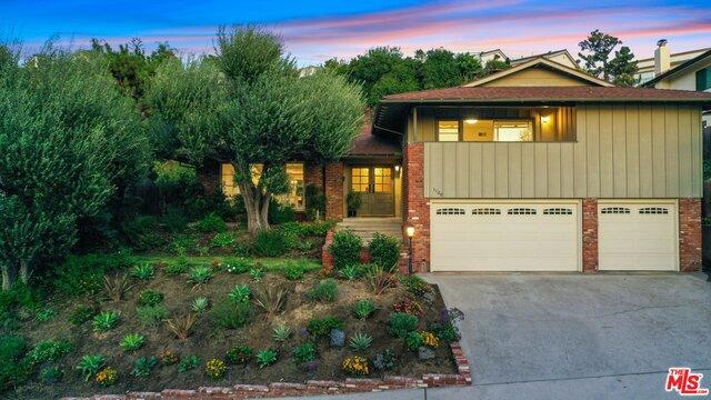1128 SWEETBRIAR Drive, Glendale, CA 91206