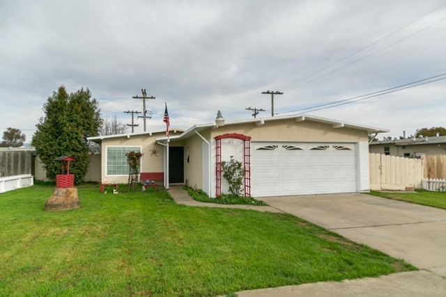 111 Marigold Way, Salinas, CA 93905