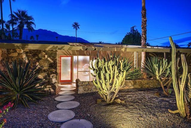 217 Monterey Road, Palm Springs, CA 92262