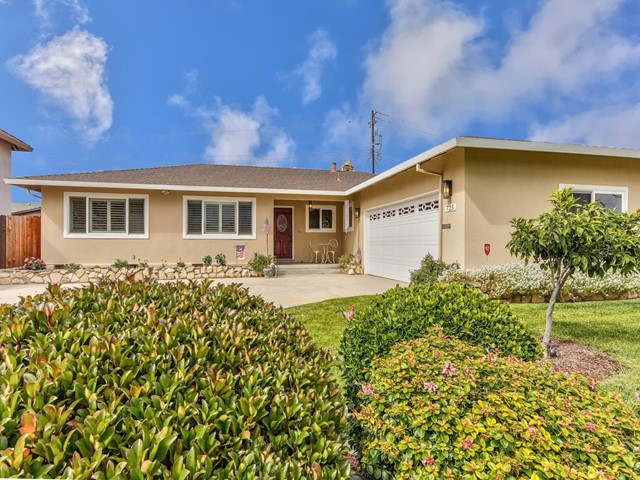 725 La Mesa Drive, Salinas, CA 93901