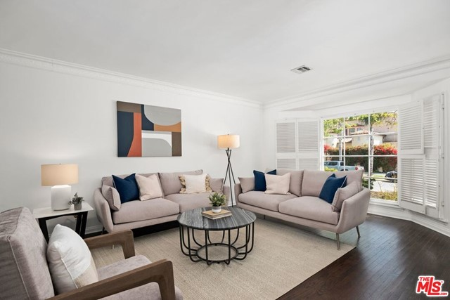 6. 745 N Poinsettia Place Los Angeles, CA 90046