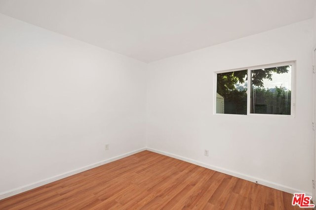 36. 745 N Poinsettia Place Los Angeles, CA 90046