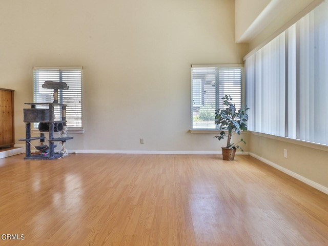 4. 11533 Coralberry Court Moorpark, CA 93021