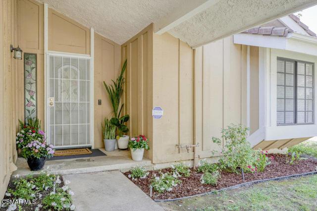 5. 6450 Winona Court Oak Park, CA 91377