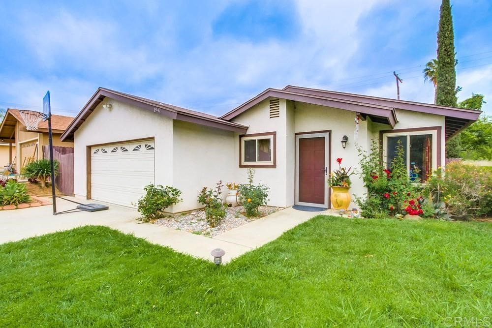 1941     Lindsley Park Drive, San Marcos CA 92069