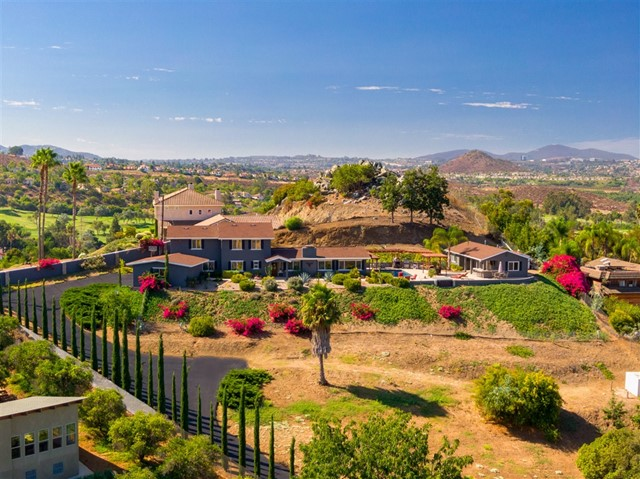 3562 Mary Ln, Escondido, CA 92025