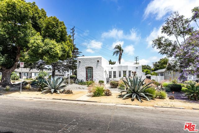 1126 Victoria Avenue, Venice, CA 90291