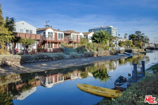 2814 GRAND CANAL, Venice, CA 90291