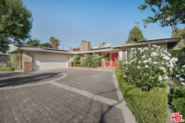 Photo of 4740 Arcola Avenue, Toluca Lake, CA 91602