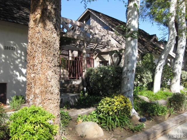 Photo of 18631 Collins Street #6, Tarzana, CA 91356