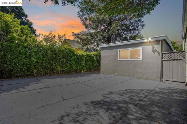 34. 4010 Fullington Street Oakland, CA 94619