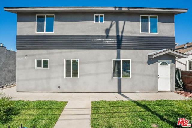 10960 AVALON Boulevard, Los Angeles, CA 90061