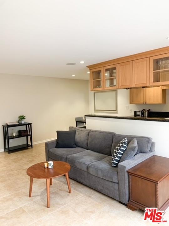 1224     Euclid Street   204, Santa Monica CA 90404