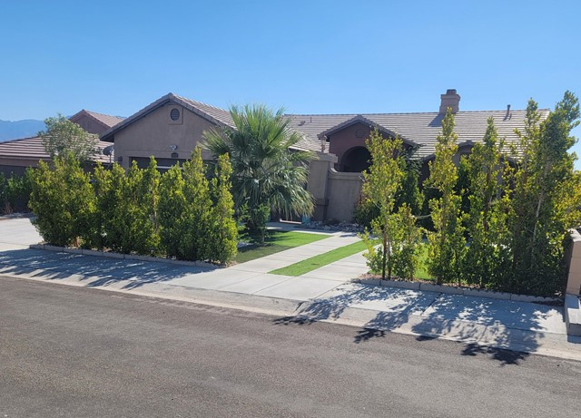 13135 Maui Way, Desert Hot Springs, CA 92240