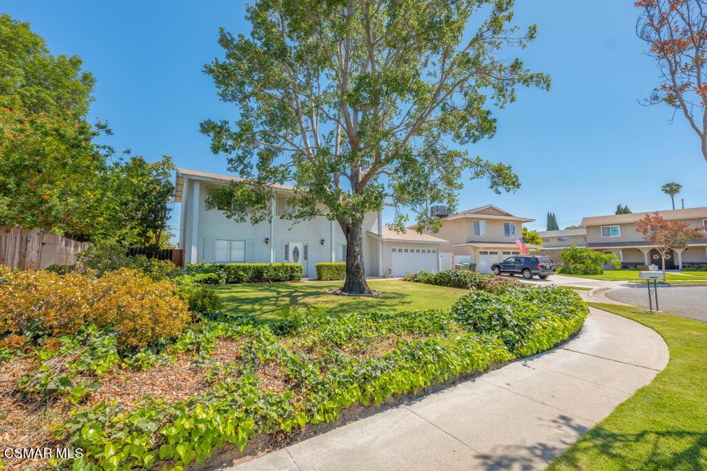 2465     Pierce Court, Simi Valley CA 93065