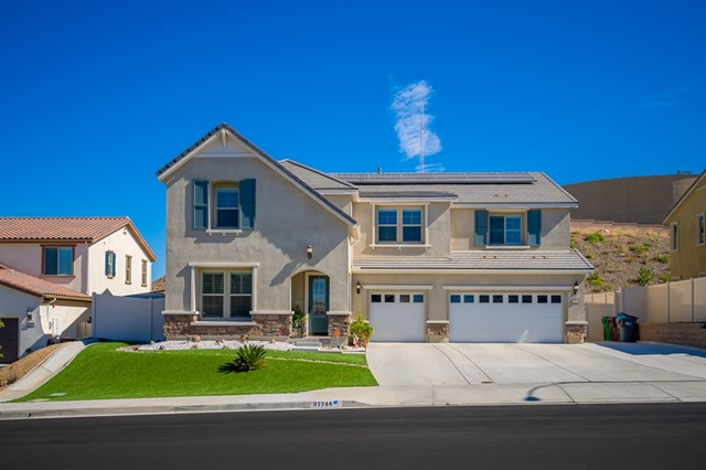 37744 Mockingbird Ave, Murrieta, CA 92563