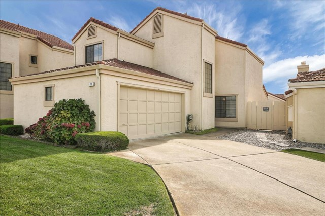 152 Dolphin Circle, Outside Area (Inside Ca), CA 93933