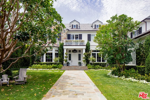 Exceptional gated Traditional estate on a lg sun-filled lot with gorgeous vus in the finest BW Park location.  Set behind towering redwoods, tall gates & hedges on just under 25k SF of land on the coveted Rockingham Rim, this timeless classic features almost 9500 sq ft, all above ground, w/ the perfect flr plan, grand scale, high clgs, gracious public rms, ideal indr/outdr flow & state-of-the-art audio/video, security & automation. Every imaginable space, amenity & comfort can be found here incl 6 BR suites, 2 fam rms, sumptuous master w/ lavish bth, sit rm, terrace & 2 closets, media rm/playrm, paneled library, gym, elevator, mudroom, 4 masonry FPs, 3 car garage & back-up generator. Fab cook's kitch/fam rm with lg brkfast area opens to loggia w/ heaters, TV, long lap pl/spa w/ pool-side cabana & gorgeous, resort-like grounds w/ lovely vus.  Warm oak floors, exquisite finishes & extensive woodworking. In close prox to the Ctry Mart, this home will envelop you in quality & elegance.