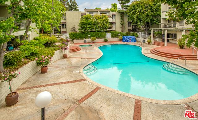 20. 4900 Overland Avenue #307 Culver City, CA 90230
